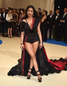 Nicki Minaj usando H&M