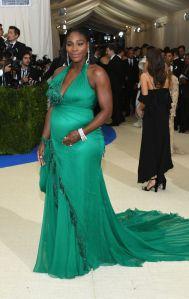 Serena Williams usa Atelier Versace